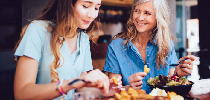 A Nondiet Way to Curb Binge Eating