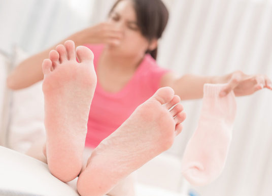 My Feet Stink! What Really Stops Foot Odor