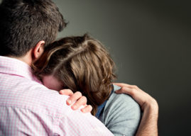How to Comfort Someone Who Lost a Loved One to Suicide